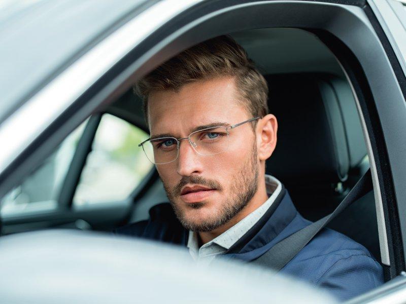 3ebcbee08 ... poskytujú väčšiu istotu za volantom za rôznych svetelných podmienok a  zlepšujú pocit pohody a bezpečnosti pri šoférovaní auta. OKULIARE NA POČÍTAČ